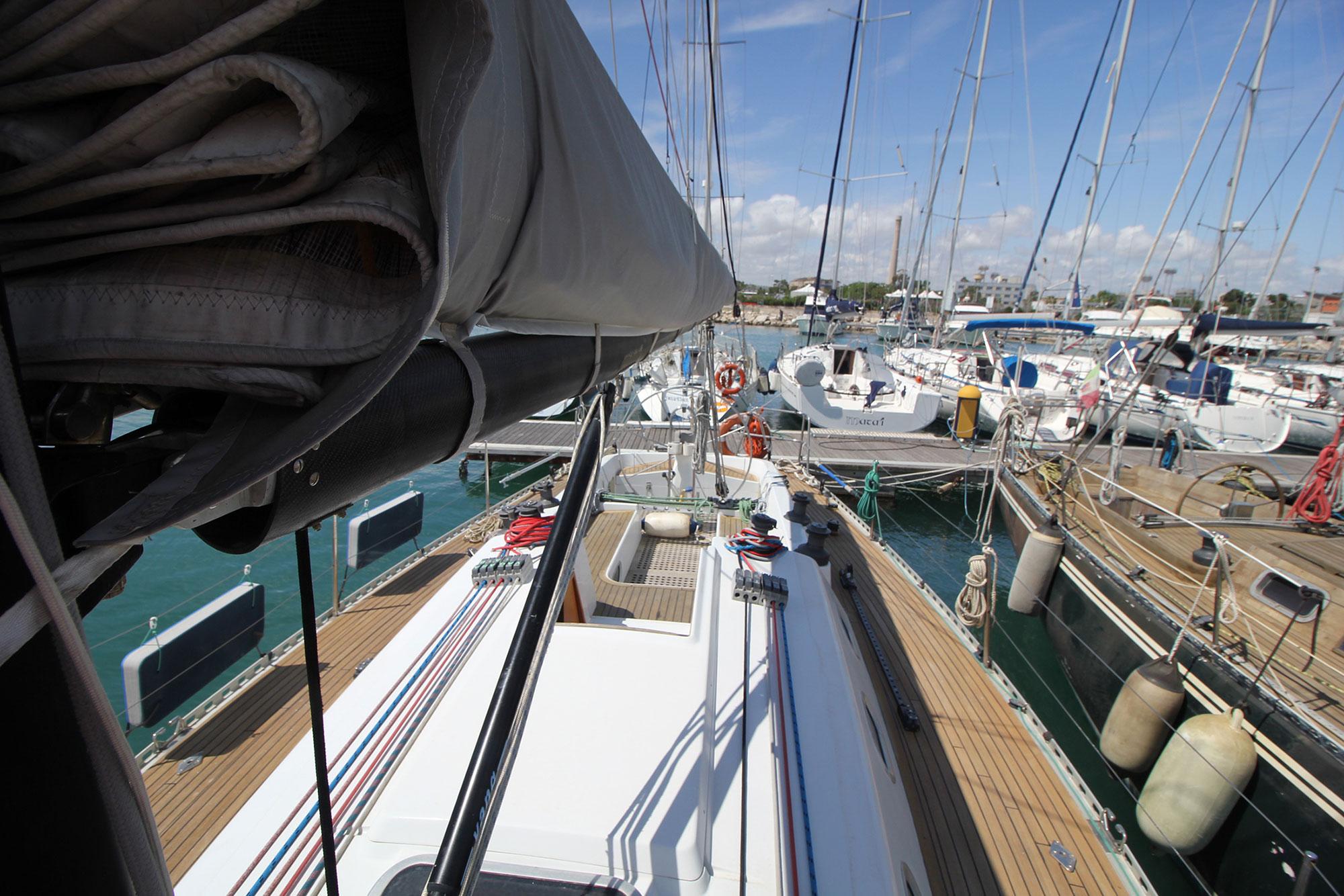 La Barca Athena