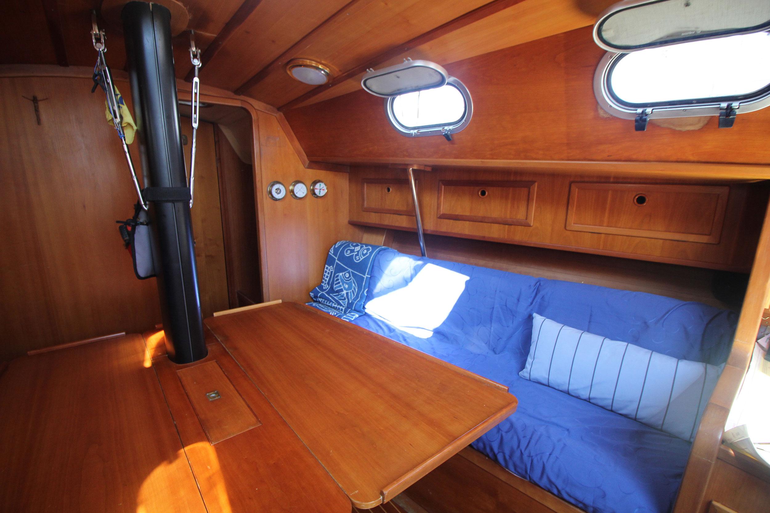 interno-barca-athena-sail-6
